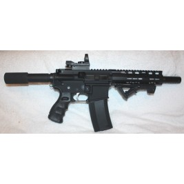 Anderson AR-15 Pistol 300BLK Reflex Site Angled Foregrip